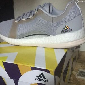 adidas Shoes - Adidas women's pure boost X TR2
